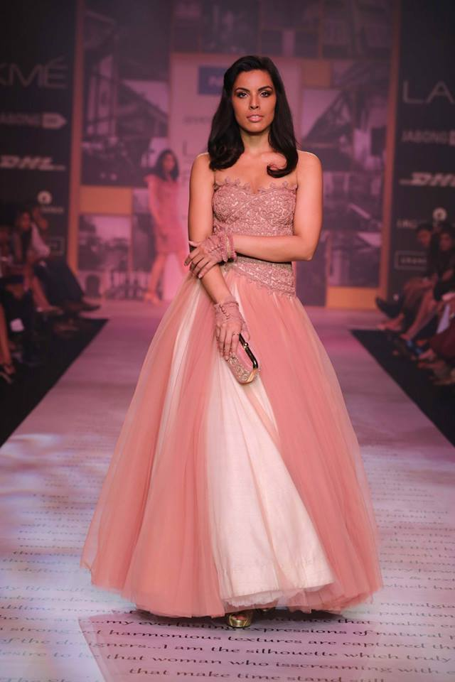shantanu-and-nikhil-Top 10 Popular & Best Indian Bridal Dresses Designers- Hit List (2)