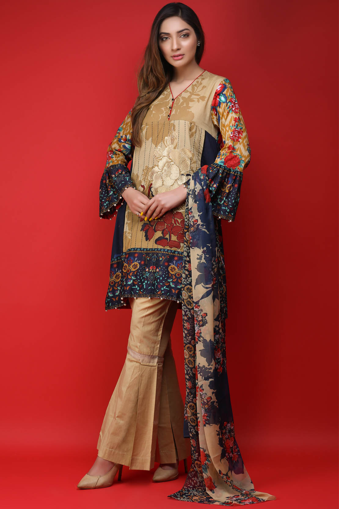 A Collection Of The Most: Warda Latest Summer Dresses Printed & Embroidered