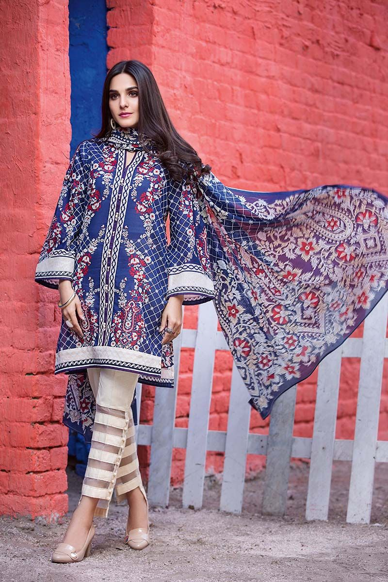 d62ce556e2 Gul Ahmad lawn Engravings are very appealing and intriguing that will be  satisfying the lawn in this summer. This printed summer lawn dresses ...