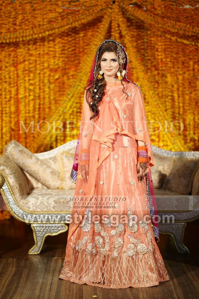 Latest Bridal Mehndi Dresses Designs 2020,2021 Collection