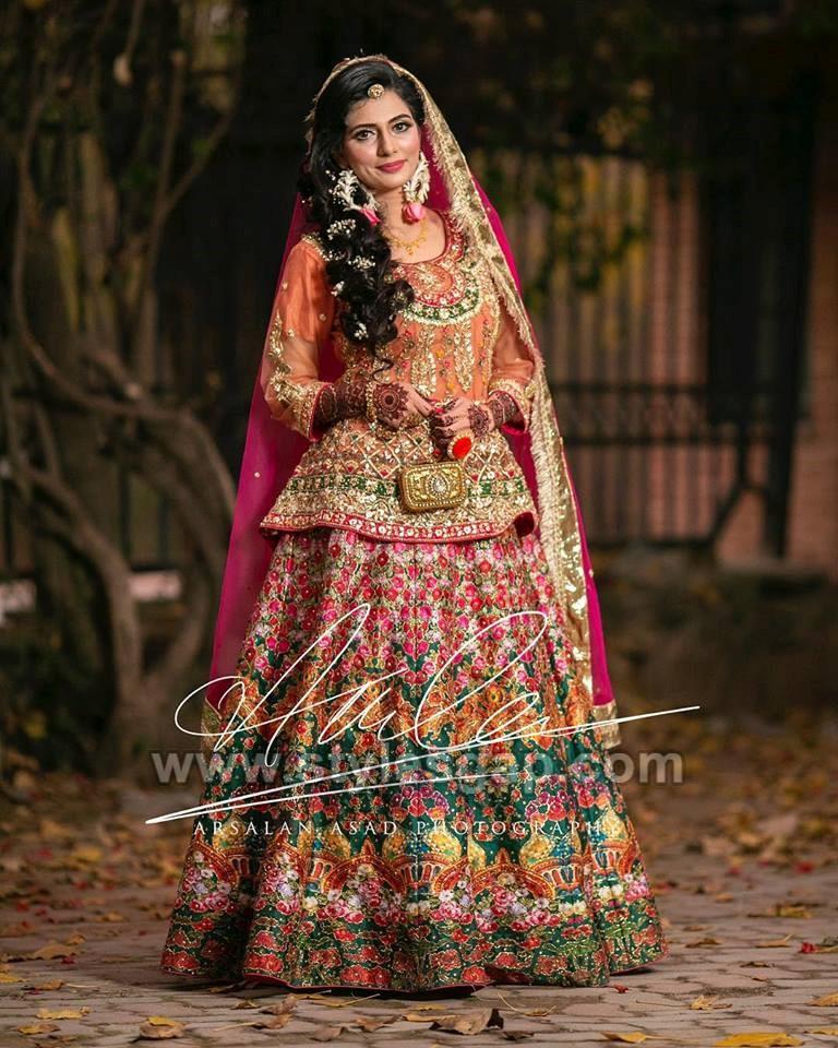 Latest Bridal Mehndi Dresses Designs 2019-2020 Collection