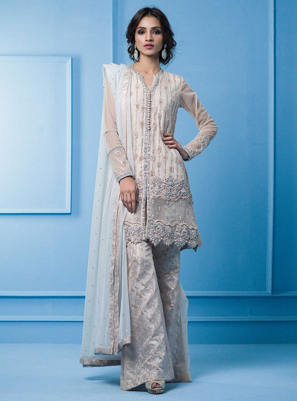 82fd5ae09a Your choice would meet an excellent match when you try to find it in the  exclusive Zainab chottani luxury pret formal dresses collection.