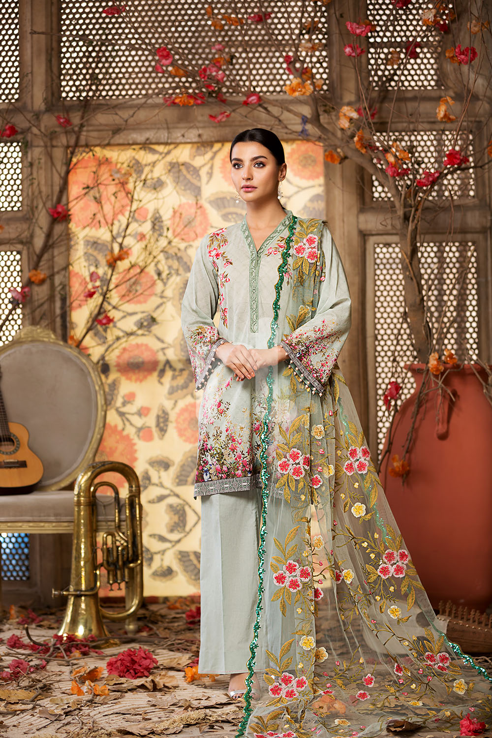 Nishat Linen Latest Eid Luxury Suits Collection 2018 2019