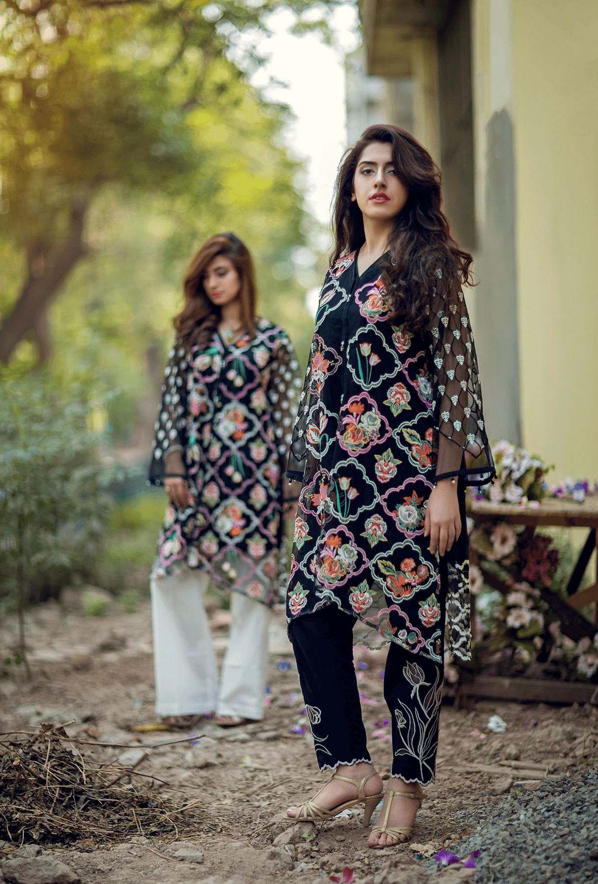 Cute Lahori Ink Semi Formal Eid Dresses Designs Collection 2017-18 (7)
