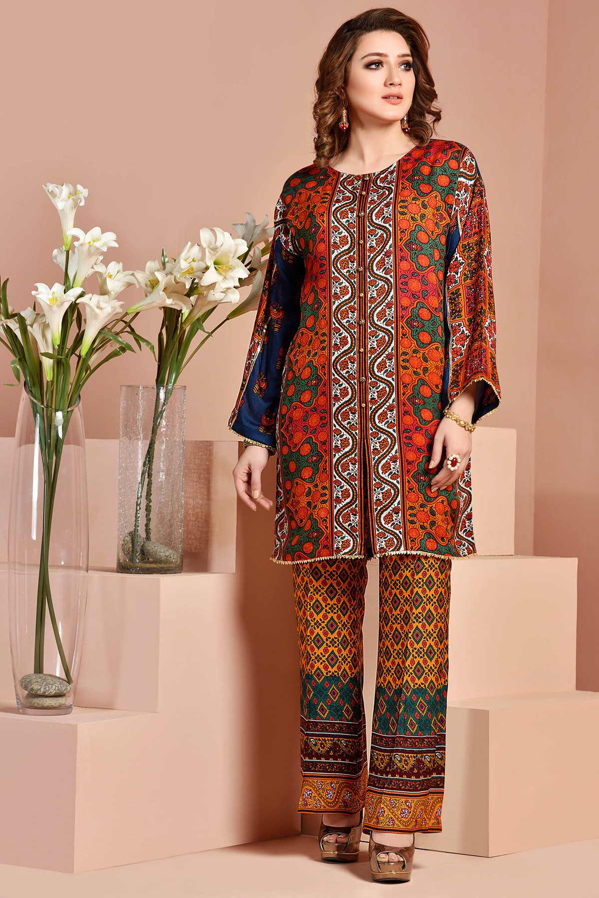 23773e4a2e The dresses are available as full three piece lawn, cotton, Silk suits  along with chiffon dupattas, some have embroidered sleeves and patches, ...
