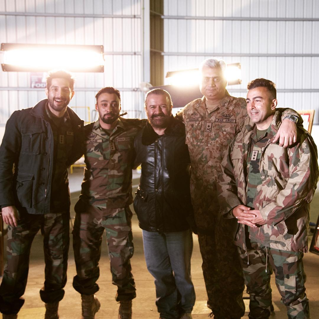 Pakistani Super Hit Film Yalghaar Review- Fit & Flaws (3)