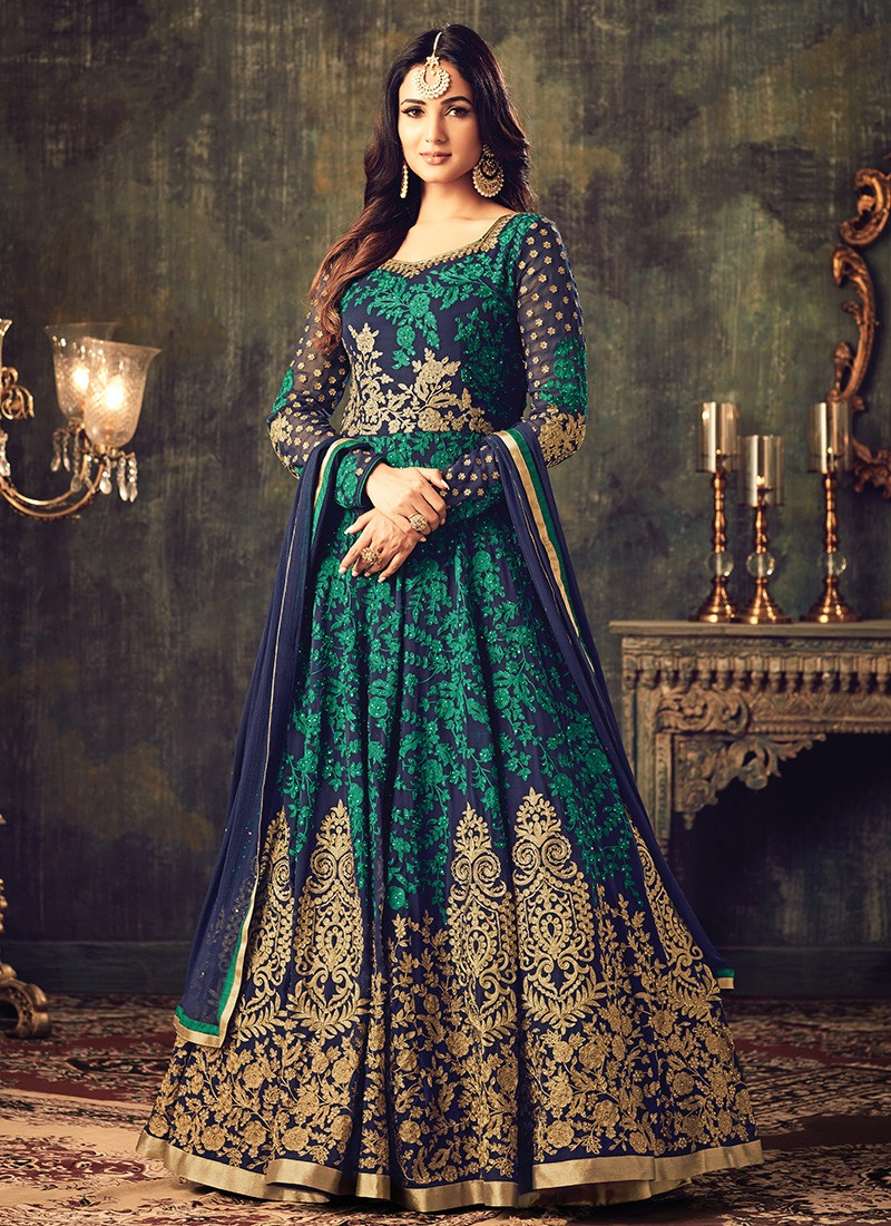 Latest Pakistani Indian Salwar Kameez Designs & Trends ...
