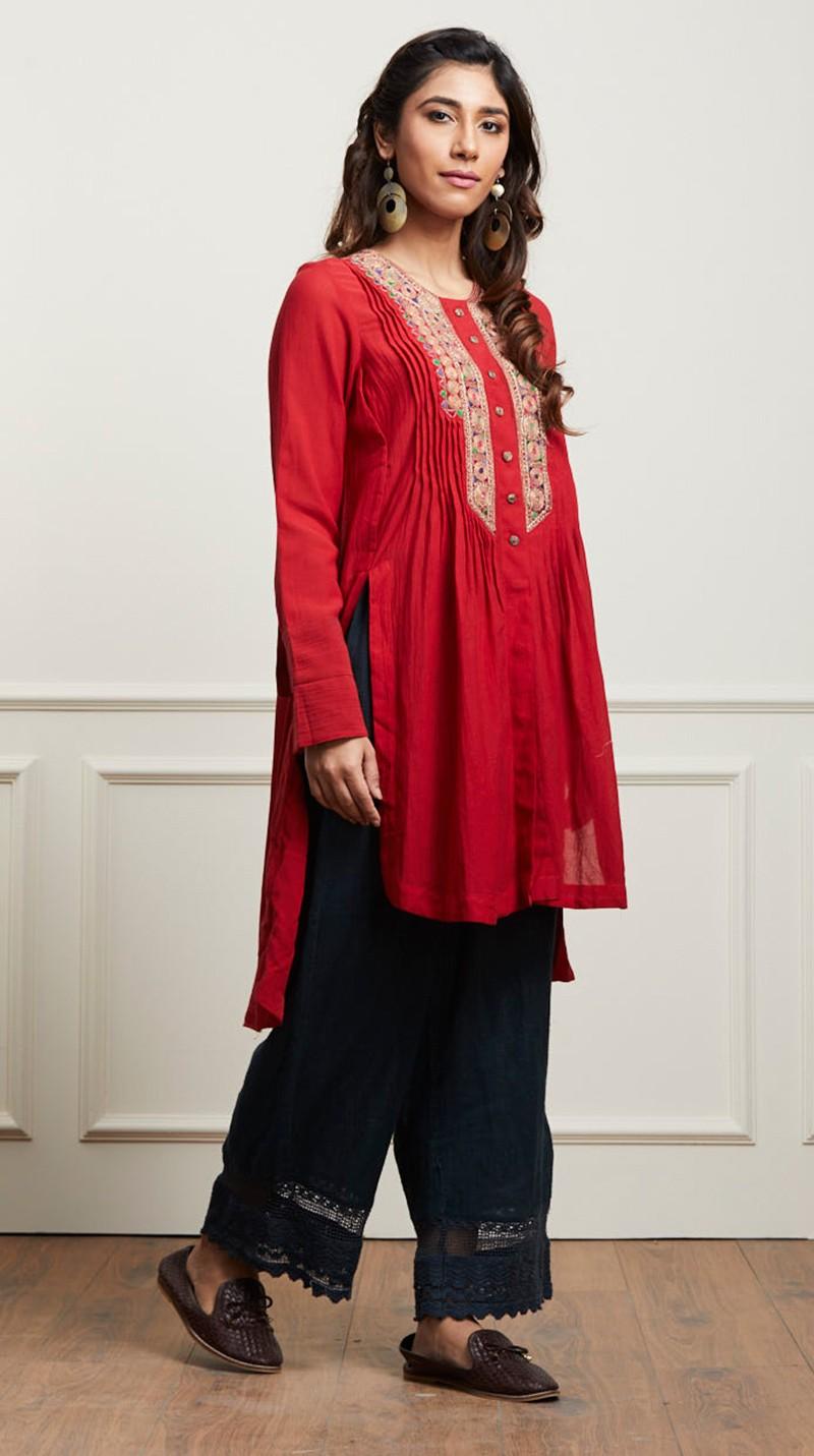 Indian Stylish Tunics Kurtis Ritu Kumar Collection 2018-2019- photo #26