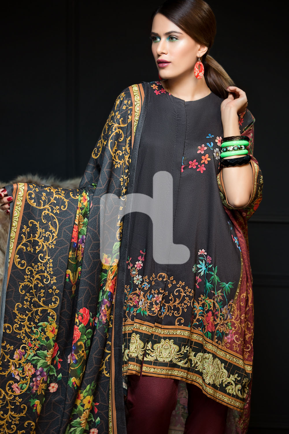 2ac62522d8 It always produces it's seasonal as well as occasional collections like  spring, summer, lawn, pret, eid, winter, etc. Nishat linen deals with men  and women ...