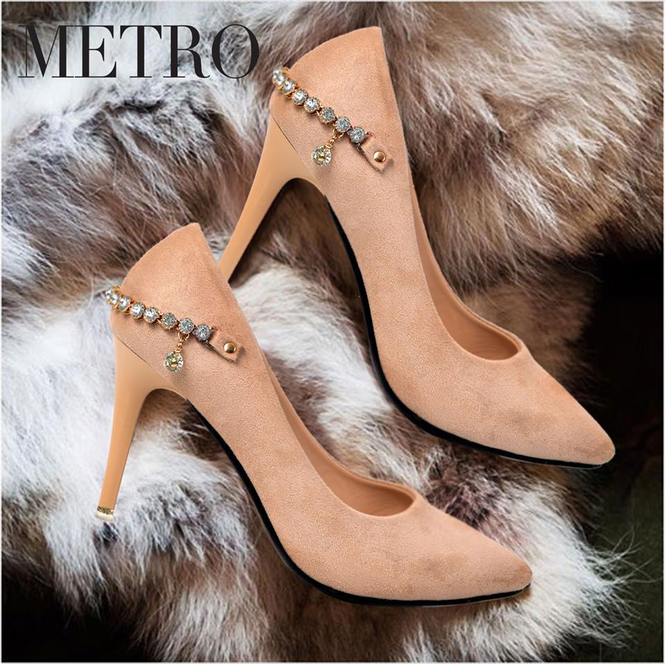 da3b18e06d4 Metro Shoes Stylish Winter Footwear Designs Collection 2018-2019
