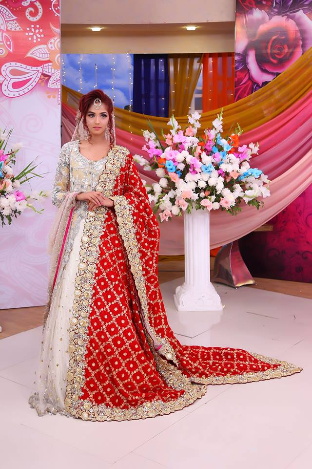 40c502e17f Bridal dresses in velvets have an elegant appeal. Experts have used infused  applique work, embossed 3D dabka embellishments and intricate thread work to  add ...