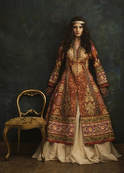 Top 10 Most Popular Best Pakistani Fashion Designers Hit List 2020