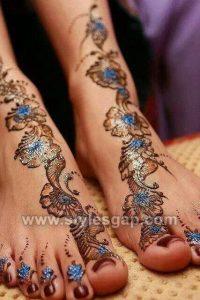 Stylish Glitter Mehndi Designs for Feet (8)