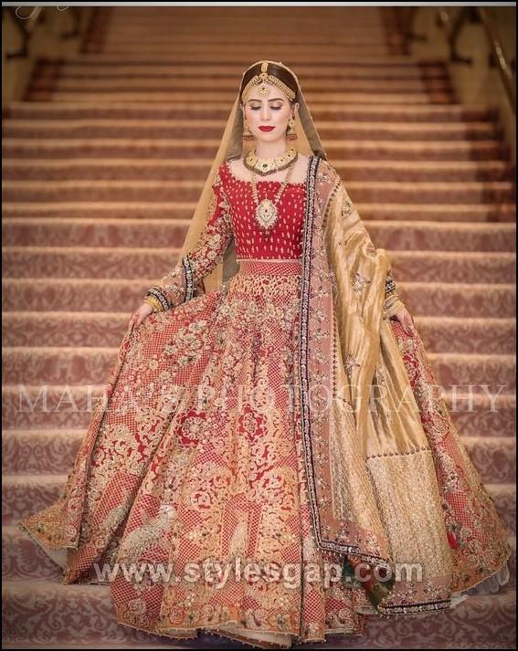0e839897928 See More As  Latest Punjabi Patiala Salwar Kameez Designs · Indian  Pakistani Bridal Anarkali Suits Trends · Hottest Lehenga Choli Dresses  Fashion ...