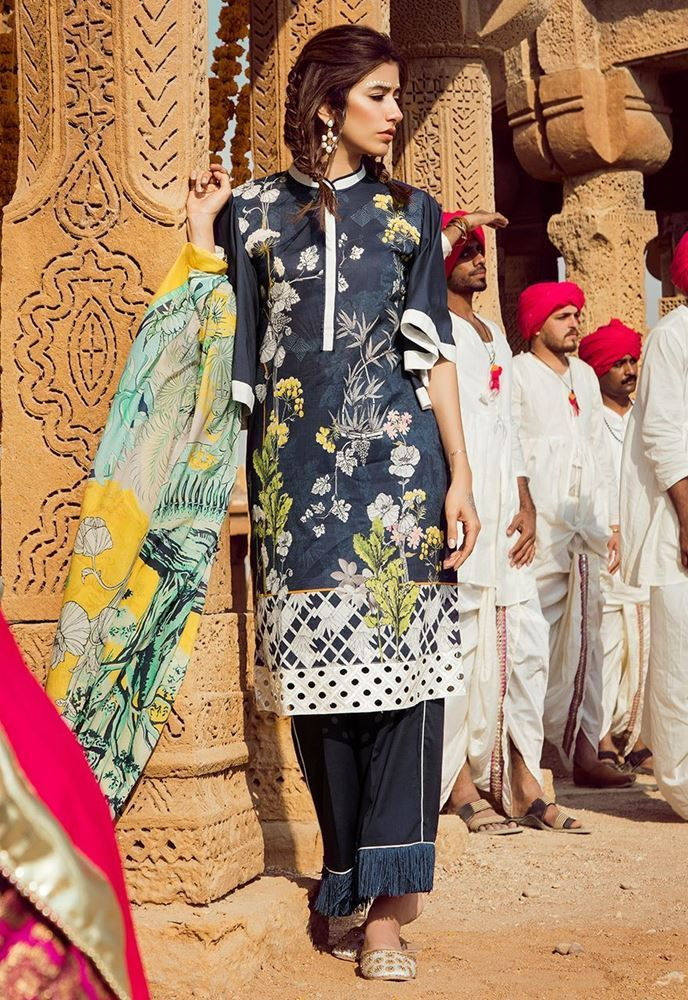 68f51b552 Top Pakistani Lawn Brands Designer Dresses Collections 2018 – Online ...