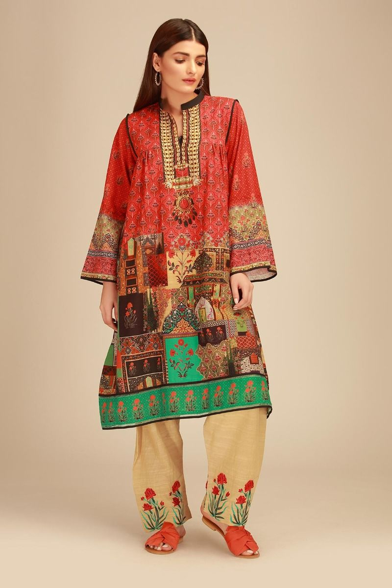 d8b34cb3fed Khaadi winter dresses collection consist of gorgeous prints with enchanting  hues blended with natural shades. The assortment comprises of best party  wear as ...