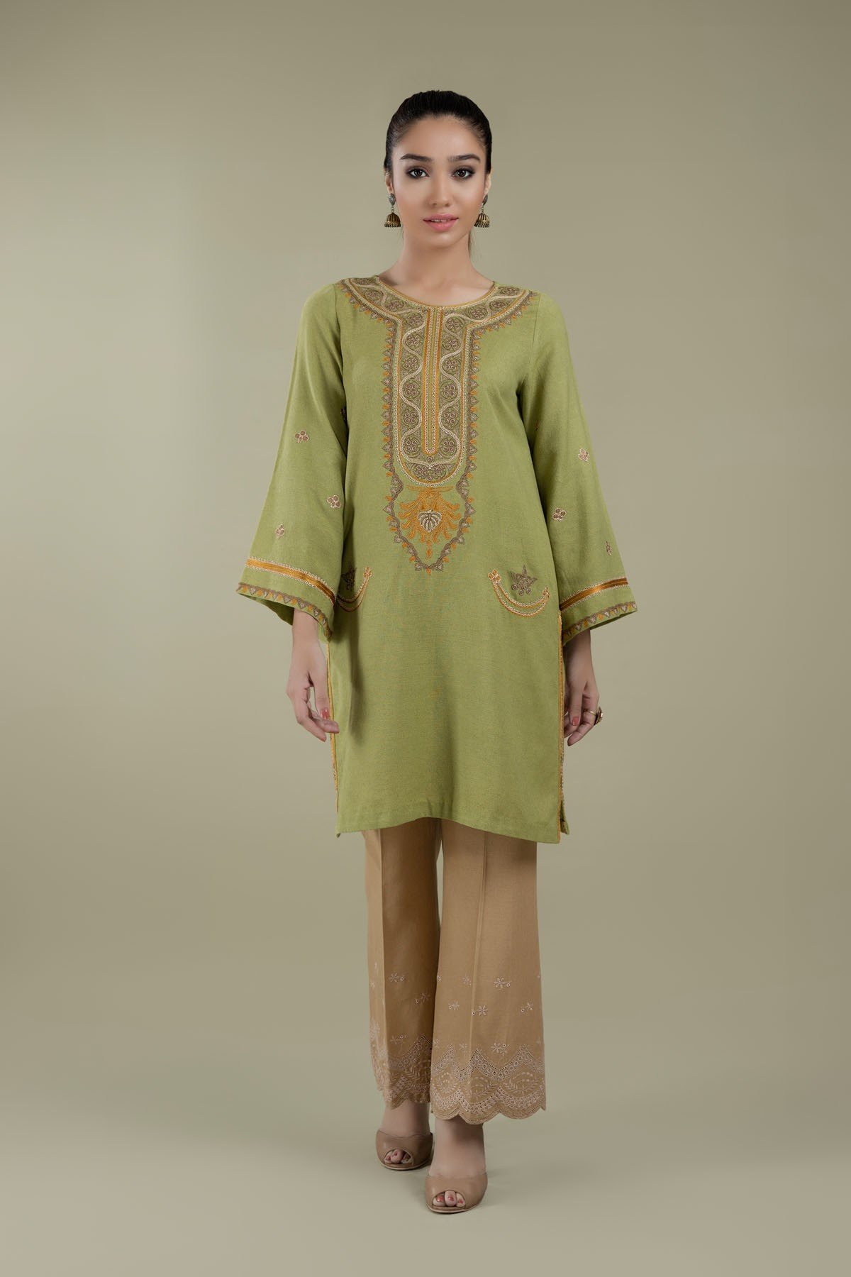 Dyed & Embroidered Kashmiri phiran green