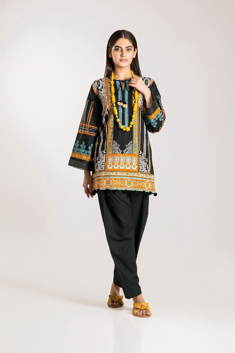 Khaadi Winter Dresses two piece suit DesignsWinter Dresses Designs