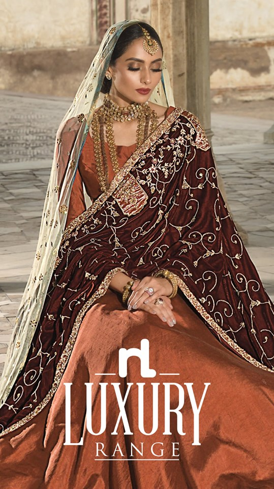 luxury maroon velvet shawl