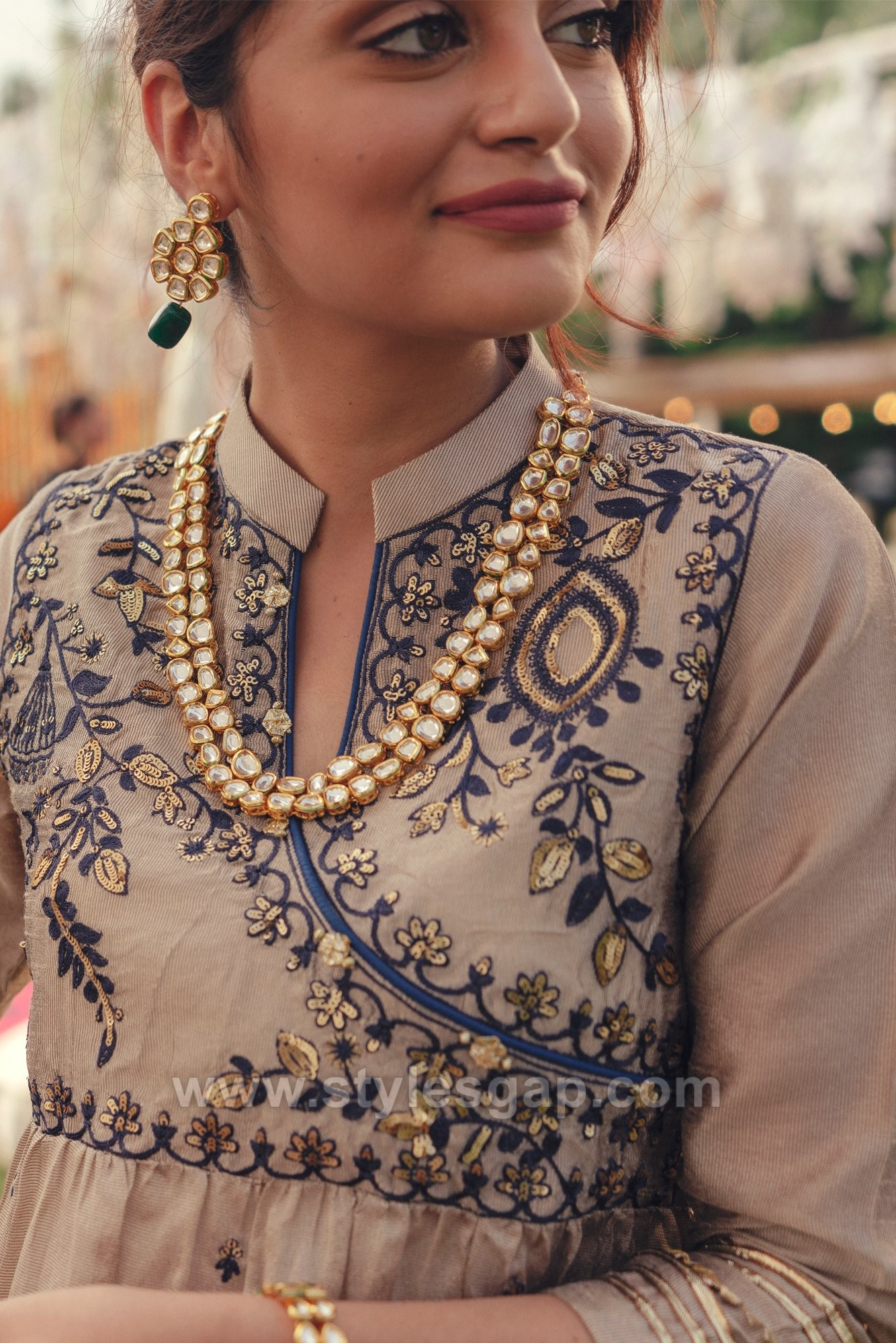 Indian & Pakistani Neckline Gala Designs